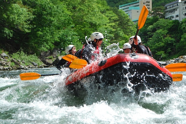 日光・鬼怒川ラフティングツアー     (Nikko Kinugawa Rafting tour)